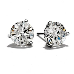 Perect diamond studs