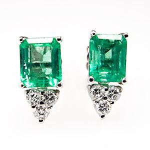 cute emerald earrings studs