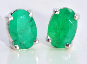 sophisticated natural emerald earrings